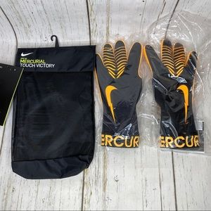 NEW Nike mercurial touch victory goalkeeper gloves